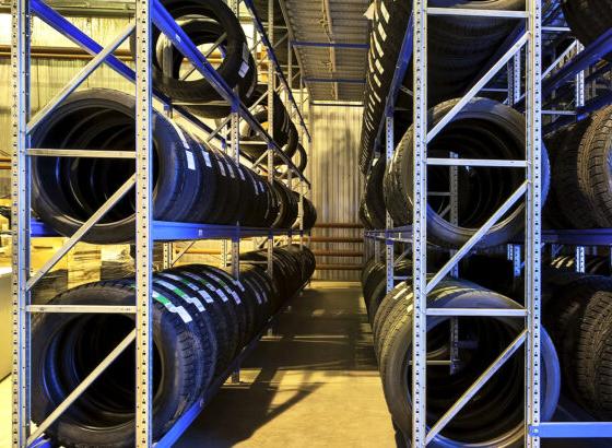 Adine pide ERTEs por fuerza mayor sector distribución de neumáticos