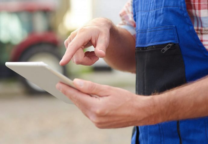 Agriaffaires y Milanuncios impulso digitalización maquinaria agrícola