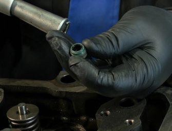 Ajusa muestra en vídeo cómo se monta el juego de juntas de un camión