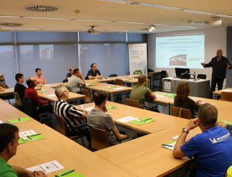 Astrauto inaugura unos cursos de PRL para vehículos eléctricos