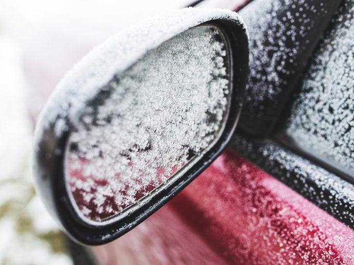 averías del coche en invierno y buenos hábitos de uso para automovilistas