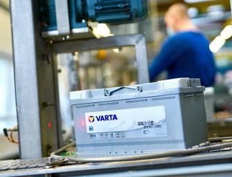 Clarios impulsa la industria del automóvil a través de su gama de baterías