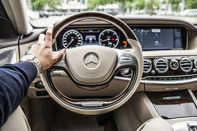 Coche conectado. Mercedes