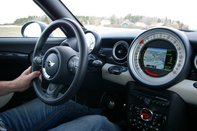 Conductor recambios para coches