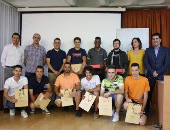 Corve distingue a los mejores alumnos del Grado Medio de Electromecánica de Vehículos