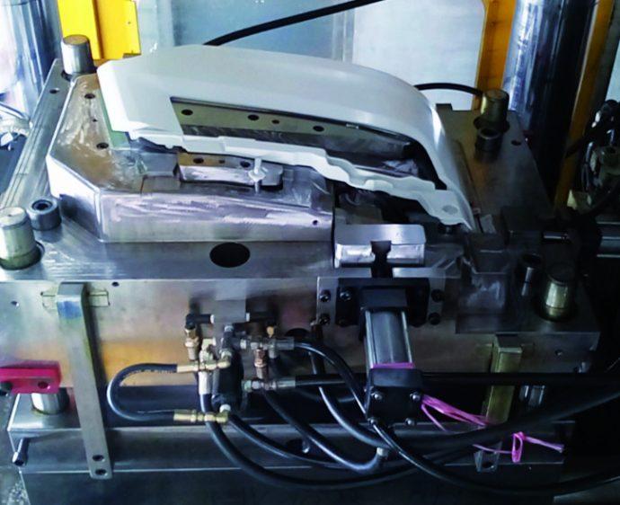 Covind piezas carrocería y chapa equivalente a original para vehículo industrial