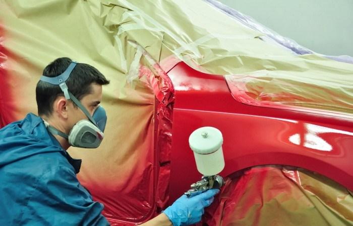 Estudio sobre equipamiento de los talleres de chapa y pintura (III)