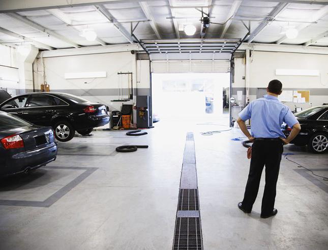 datos INE enero-abril talleres españoles de reparación y mantenimiento vehículos
