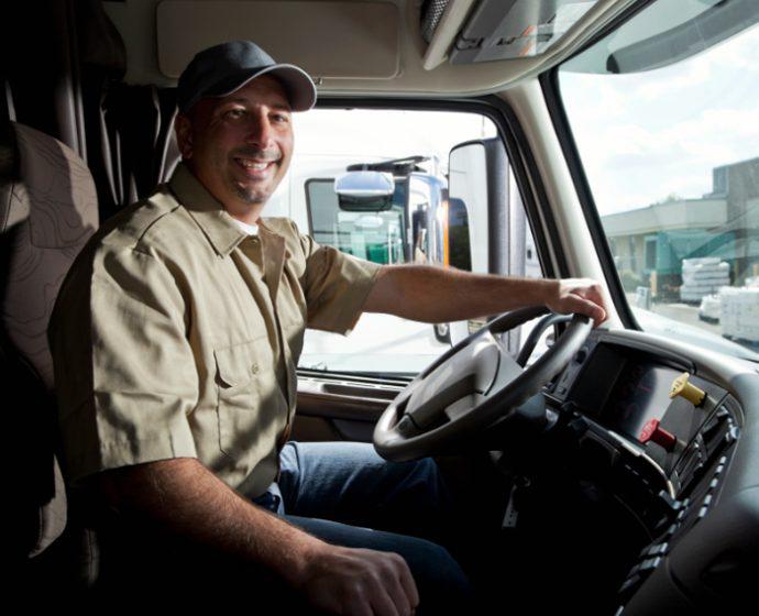edad conducción de camiones y autobuses DGT