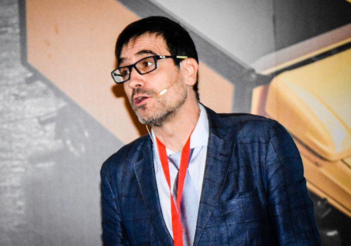 Enrique Gómez The Hub