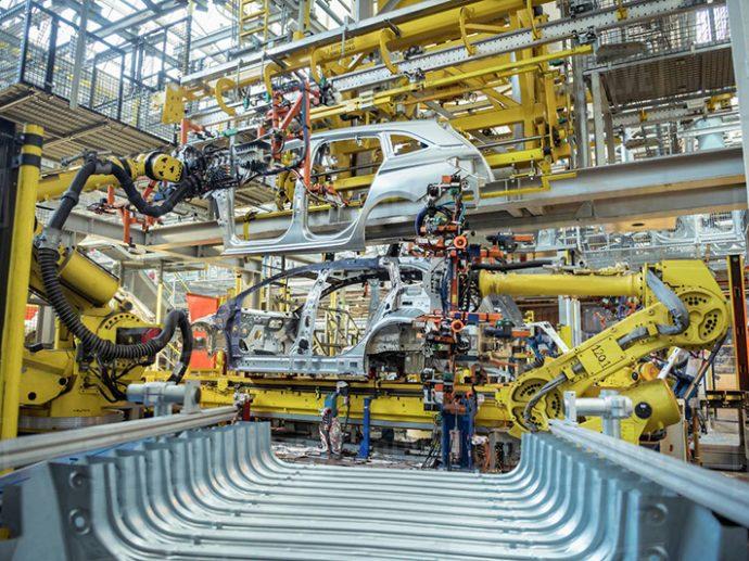 escasez de microchips sigue afectando la producción de vehículos en España