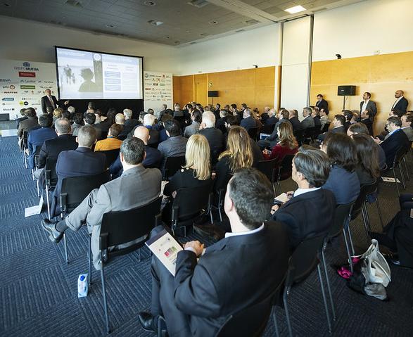 estudio CDK Global sobre clientes del concesionario en XXIX Congreso Faconauto