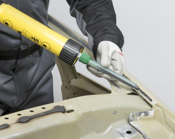 fijación carrocería mediante adhesivos