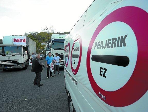 paro nacional por el nuevo peaje para camiones de Gipuzkoa en la N-1