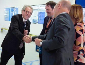 FAE inaugura sus nuevas Sala Blanca ISO-7 y Sala ESD
