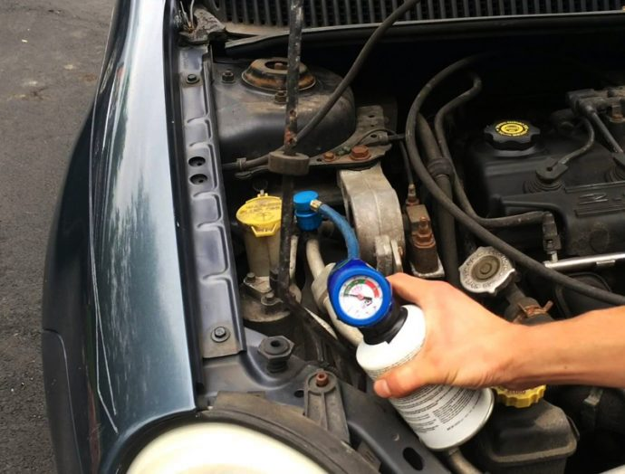 gas no homologado para la recarga del aire acondicionado