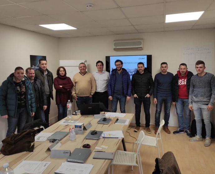 Glasurit y Zeltialac formación clientes gallegos en perito de carrocería