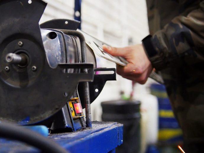 Gobierno da competencias a comunidades autónomas para ampliar ayudas directas a talleres de reparación