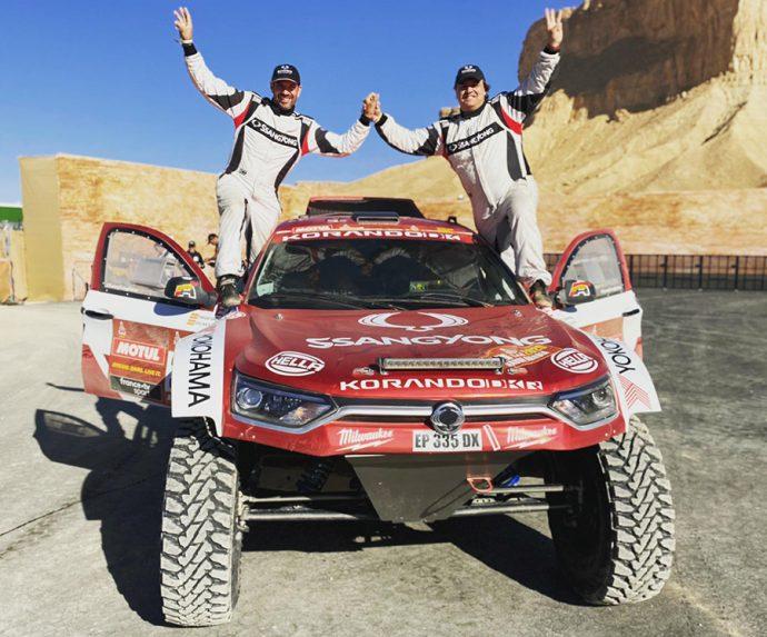 HELLA y SsangYong Motorsport participación tercer Dakar