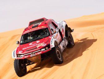 HELLA y SsangYong Motorsport terminan juntos su tercer Rally Dakar