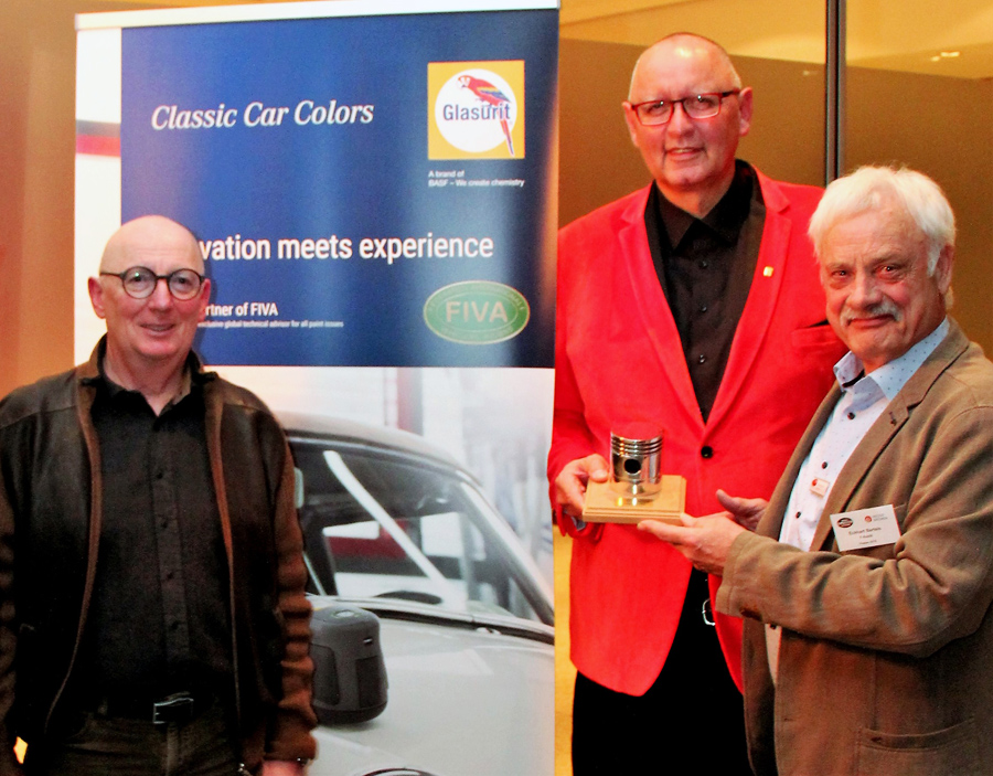 Jürgen Book recibe Golden Piston 2019 en Bremen Classic Motorshow