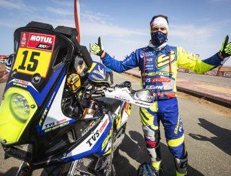 Neumáticos Andrés celebra el éxito de su piloto Lorenzo Santolino en el Dakar