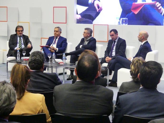 mesa redonda sobre el sector del aftermarket en II Congreso ASER