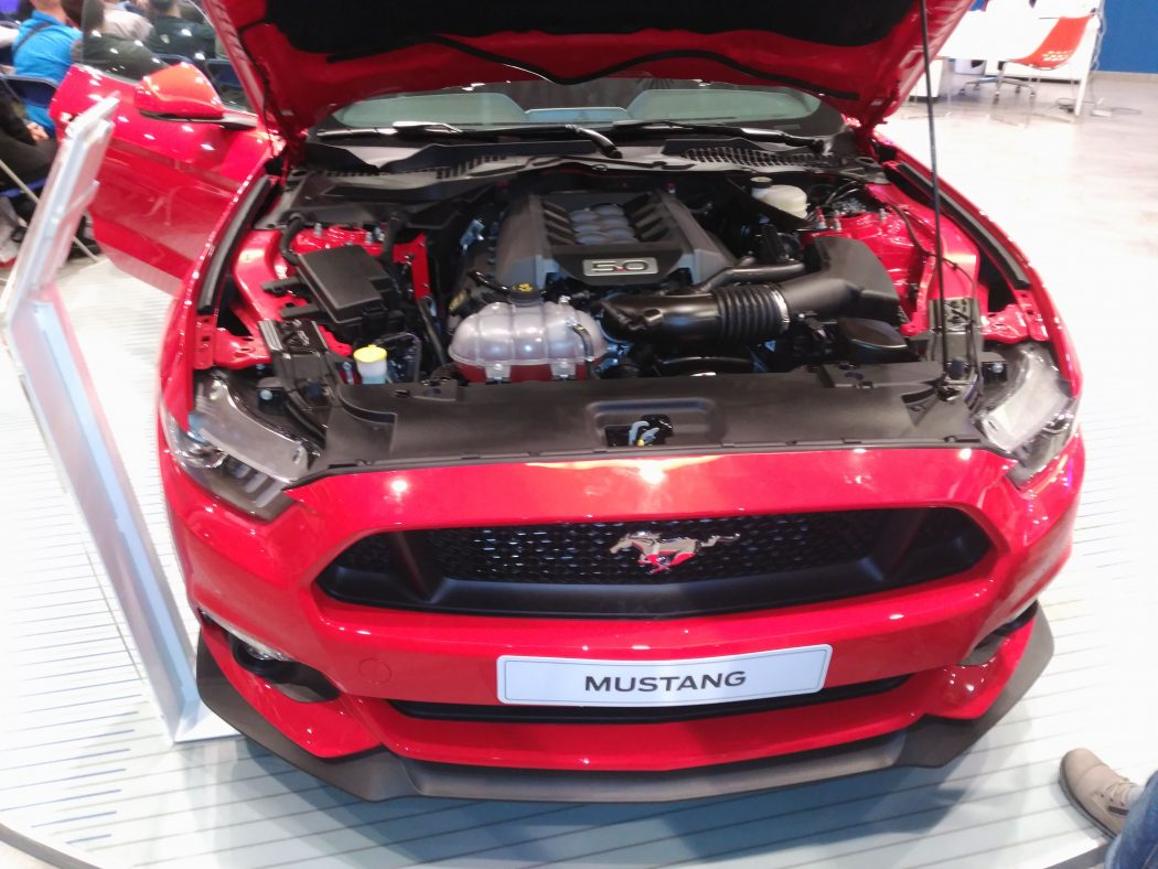 mustang frontal 1050x788