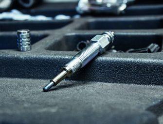 NGK explica las funciones menos conocidas de los calentadores del coche