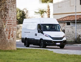 La popular Iveco Daily se actualiza con nuevas opciones de conectividad y seguridad
