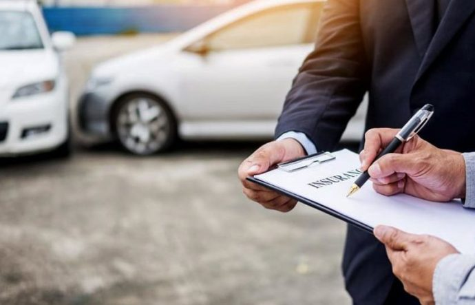 OCU critica acuerdos entre aseguradoras en los siniestros coches