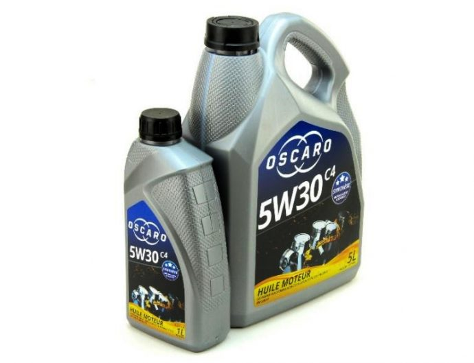 Oscaro lanza gama propia aceites para motor