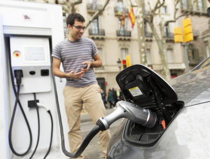 planes de estímulo claves para vehículo electrificado