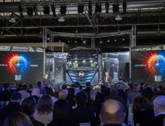 Presentado el espectacular Nikola TRE, primer camión eléctrico fabricado en Europa