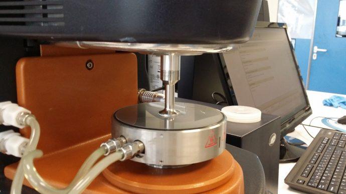 Reómetro para medir la viscosidad del sustrato cerámico