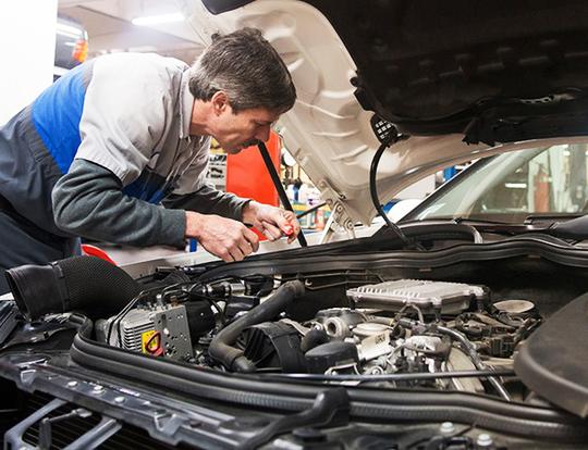 Solera estima impacto del confinamiento sobre talleres en 90 euros por coche