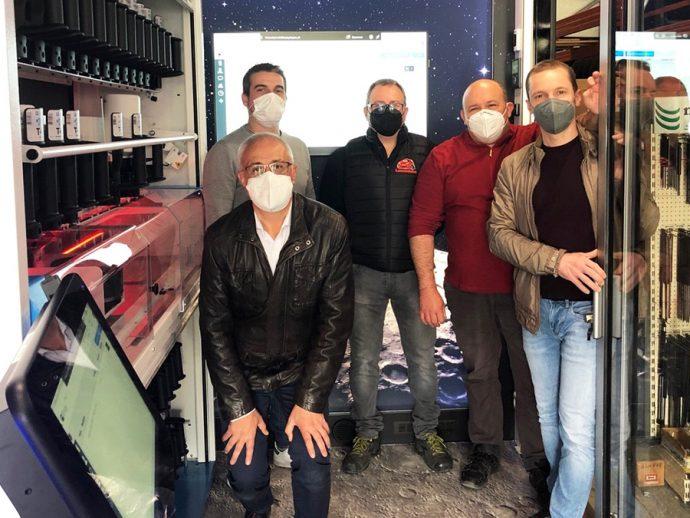 Suministros y Recambios Rimar y PPG acercan mezcladora de pintura automática MoonWalk a los talleres
