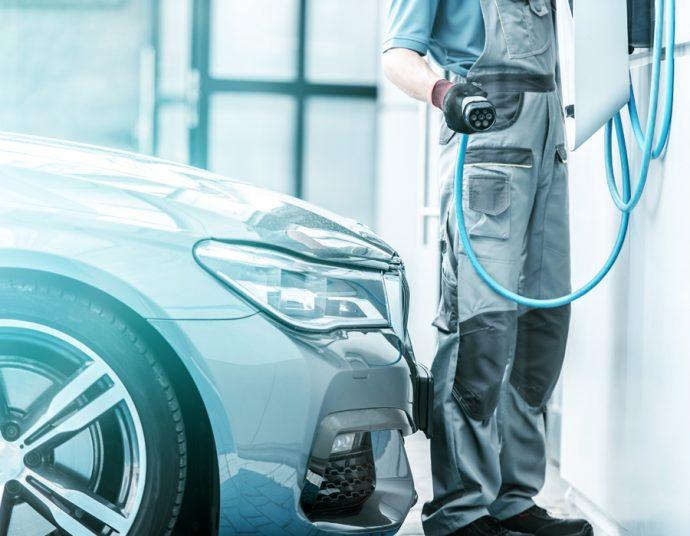 taller adaptacion coches eléctricos e híbridos
