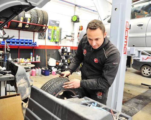 talleres mecánicos de Jaén se asocian contra los talleres ilegales