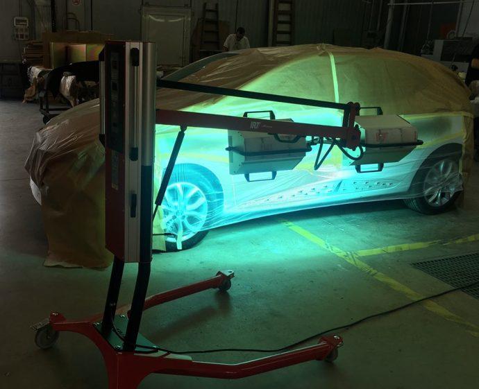 tallers brillauto UV-A de R-M