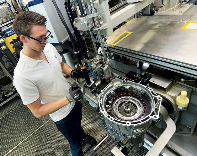 ZF contrato fabricación cajas automáticas 8 velocidades para BMW